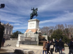 Statue of Phillip IV in front of Palacio Real